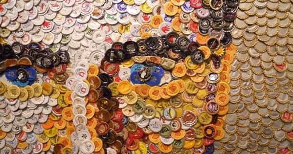Bottlecap modern art portrait 20 rad things you can make for What can you make with bottle caps