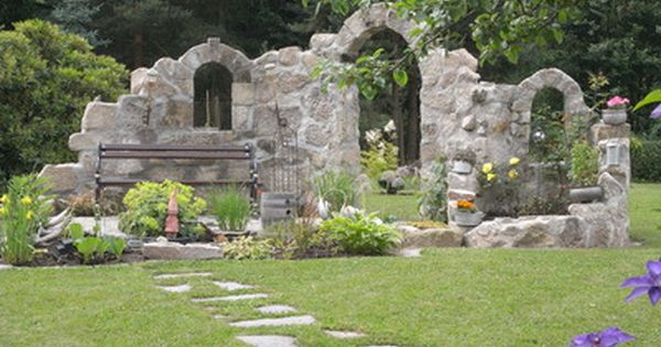 burgruine sitzplatz am teich ruine garten co pinterest sitzplatz teiche und g rten. Black Bedroom Furniture Sets. Home Design Ideas