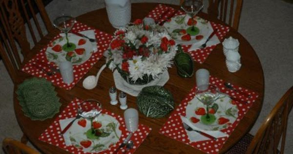 DOLLAR TREE VALENTINES DAY TABLESCAPES RUE MOUFFETARD STRAWBERRY FIELDS FOREVERa