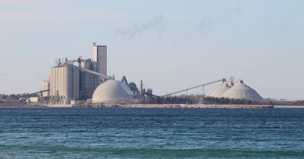 Huron Portland Cement : Cement plant on lake michigan charlevoix mi jan