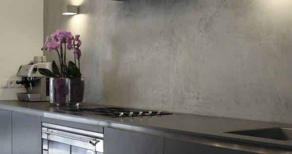 Anstelle Fliesenspiegel ein fugenloser Putz in Betonoptik csomád - ideen für fliesenspiegel küche