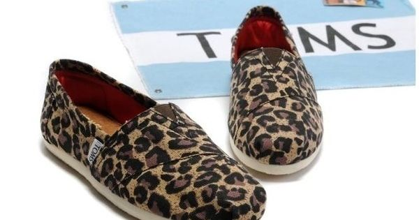 Leopard print Toms shoes
