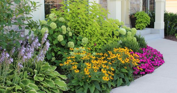 I love these plants chosen for the entrance. I am on a