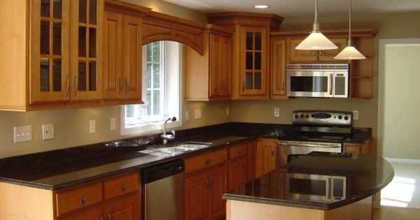 Kitchen colors that go with golden oak cabinets google for Kitchen cabinets in pakistan