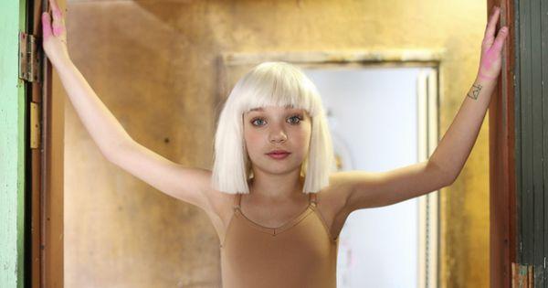 Sia_Chandelier_Maddie_Ziegler_Behind_the_Scenes_6830 ...  |Maddie Ziegler Chandelier Behind The Scenes