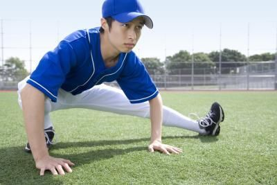 Stretches For Baseball Players Baseball Players Play Baseball
