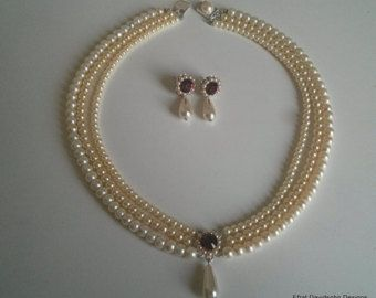 Crystal Flowers And Pearls Wedding Necklace Set Wedding Necklace Set Pearl Necklace Wedding Wedding Accessories Jewelry