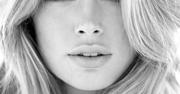 girl doutzen kroes face black and white photos black