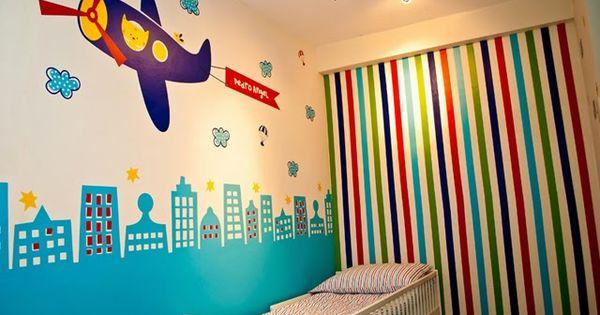 Habitaci n infantil decorado con aviones dormitorios - Diseno habitacion infantil ...