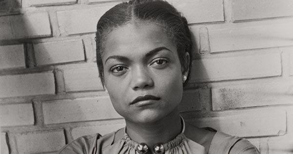 Eartha Kitt, 1950s = beautiful.