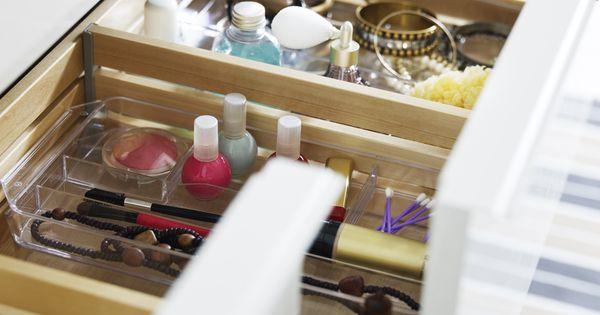 godmorgon kommod med l dor rymmer allt du beh ver badrum pinterest badrum och inredning. Black Bedroom Furniture Sets. Home Design Ideas