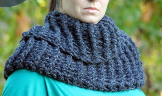 Outlander Claire Inspired Cowl - Free Crochet Pattern ...