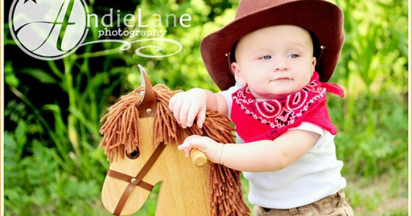 Pin By Jack Gail Burnside On Photos Babies 6 Months To 1 Year Baby Boy Pictures 6 Month Baby Picture Ideas Boy Baby Boy Photos