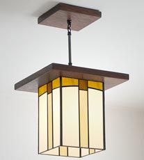 Mission Lantern With Images Craftsman Lighting Mission Lighting Stained Glass Lamps
