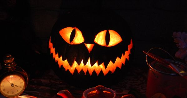 Cheshire Cat Jack O Lantern / Pumpkin halloween aliceinwonderland