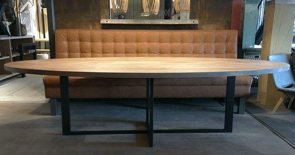 Zwaartafelen i stoere ovale tafel met stalen plus onderstel i handgemaakt door zwaartafelen i - Tafel boconcept ...
