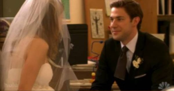 jim pam favorite tv couple ever this is one of the best scenes from episode niagra falls. Black Bedroom Furniture Sets. Home Design Ideas