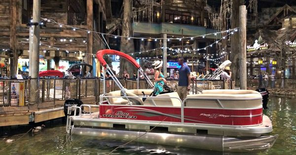 You 39 ve never see a bass pro shops quite like this bass for Fishing in memphis