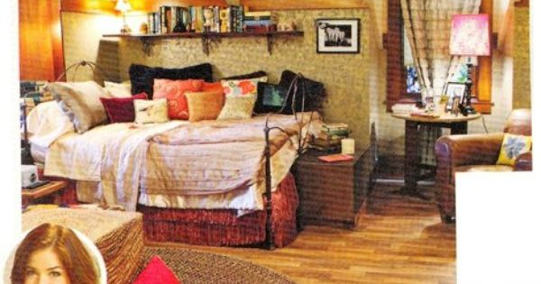 aria montgomery s bedroom pretty little liars   Google Search   Aria  Montgommery   Pinterest   Pottery  The facts and Facts. aria montgomery s bedroom pretty little liars   Google Search