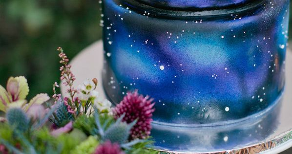 galaxy themed wedding cake 21 stellar ideas for an astronomy themed wedding galaxy cake 14630