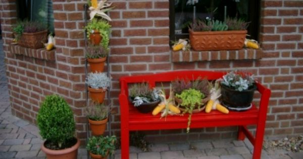 Herbstdeko eingang wohnen und garten foto deko herbst for Gartenbeet deko