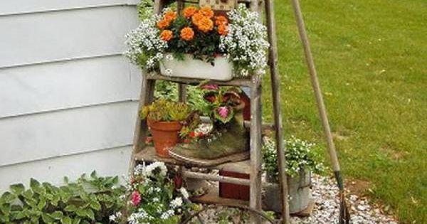 bricolage jardin escabeau bois double pans plantes. Black Bedroom Furniture Sets. Home Design Ideas