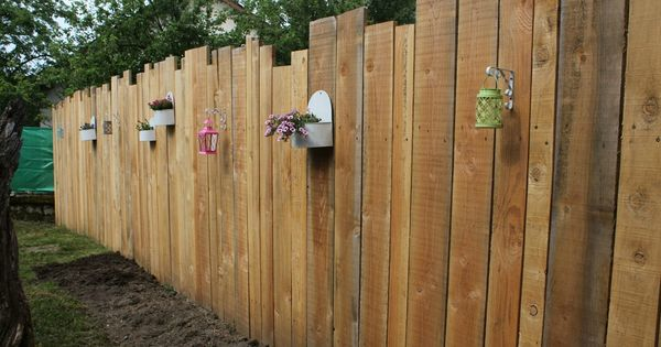 Palissade verticale en bois jardin clotures bordures for Barriere bois flotte