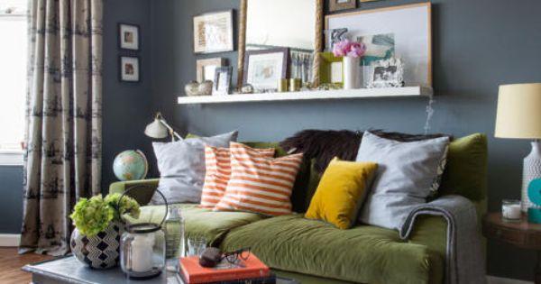 Wohnzimmer grau blau  Grau-blaue Wand im Wohnzimmer | Blaue wand, Bilderrahmen und Charakter