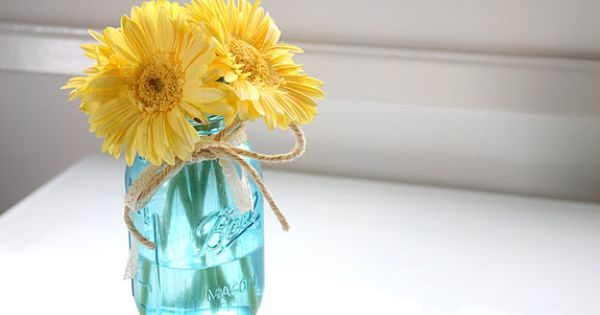 Julie Ann Art: Colored Mason Jar Tutorial-diy on painting mason jars