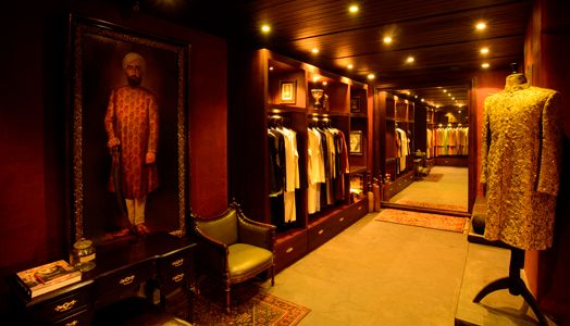 India Art N Design Inditerrain Sensory Revival Showroom Interior Design Boutique Interior Boutique Interior Design