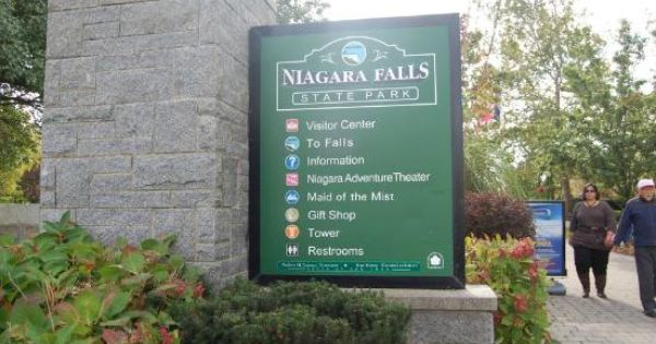 niagara falls memorial day care