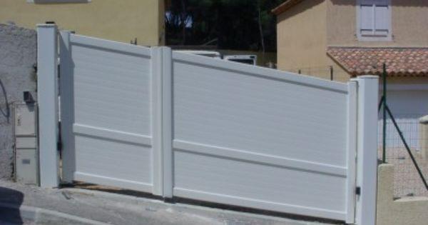 Portail En Aluminium En Pente Vue Exterieur Portail Amenagement Exterieur Portail Automatique