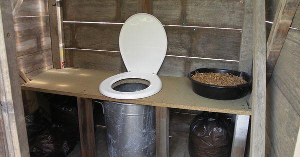 fabrication de toilettes seches et composteur toilettes seches pinterest composting toilet. Black Bedroom Furniture Sets. Home Design Ideas