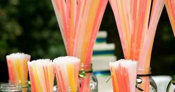 Wedding Glow Sticks Fun For Dancing glowsticks Love this idea! Wedding Glow