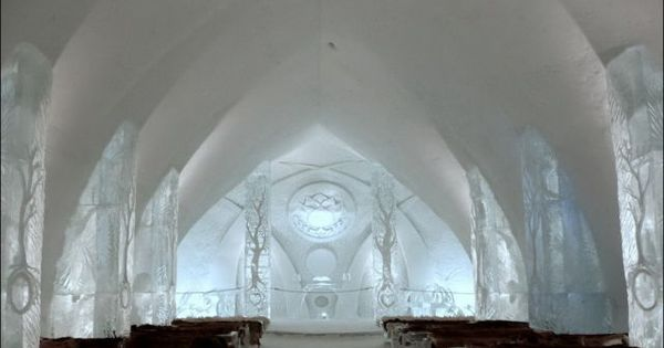 winter wedding venue ice hotel