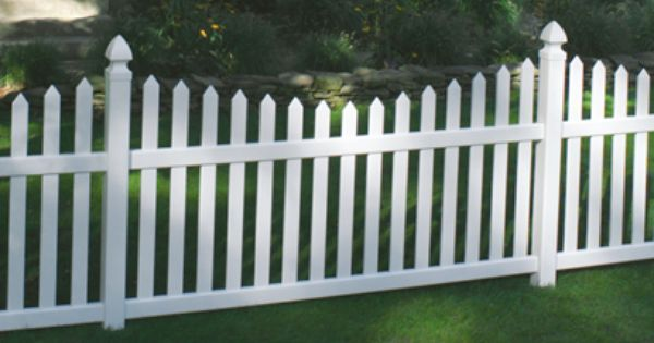 Pin By Certainteed Living Spaces On Certainteed Bufftech Fence Vinyl Fence Fence Styles Vinyl Gates