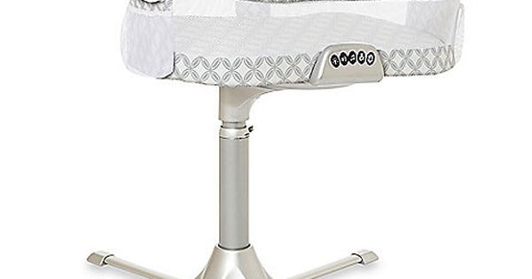The HALO Bassinest Swivel Sleeper is the only bassinet that rotates 360º.