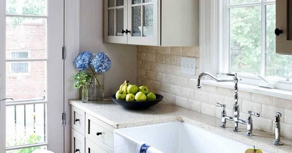 Franke Aurora Sink : Kitchen sink is a 36? wide farm sink by Franke. The backsplash is an ...