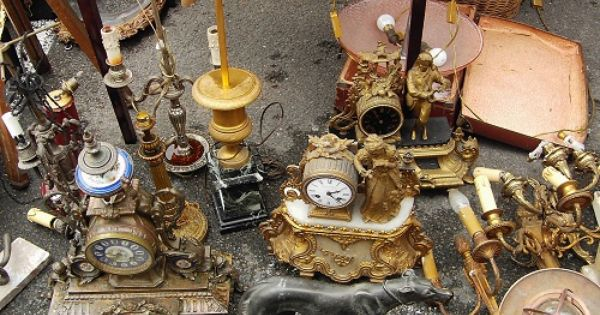 bastille antique market
