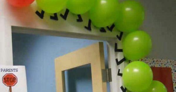 Gusano con bombas muy creativo para decorar fiesta - Bombas para decorar ...