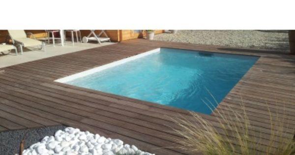 Piscine coque polyester cuba terrasse bois exotique cumaru sans margelles ins - Piscine sans margelle ...