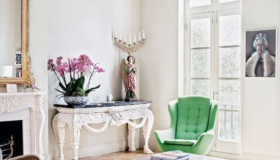 White room with green chair- nice! eclectic living room- love