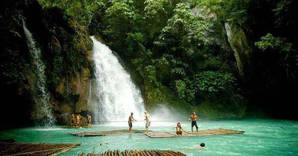 14 Unknown But Worth To Be Seen Places Kawasan Falls In Badian Cebu Philippines Favorite