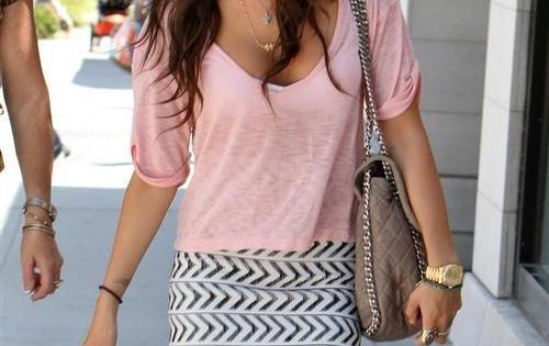 pretty pink top ,skirt is so beautiful