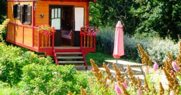 vente chambres d hotes ou gite en midi pyrenees roulotte a vendre maison d hotes figeac