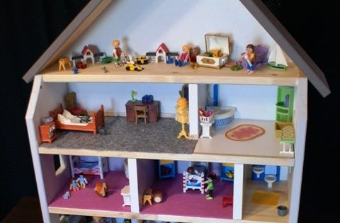 Fabriquer une maison de poup e ou de playmobil playmobil - Construire une maison playmobil ...