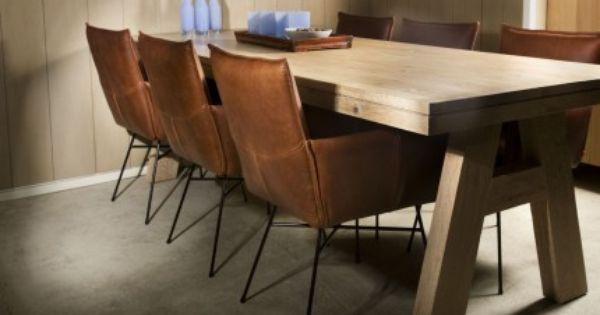 Leren eetkamerstoel vasa vazen for Bruine leren eetkamerstoelen met armleuning