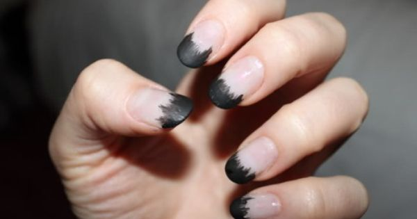 //Halloween nails?