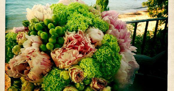 Bouquet De Peonias Rosas Spray Y Viburnum MdF NUESTROS RAMOS DE NOVIA Pinterest Weddings