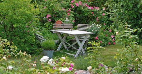 Jardin anglais vitaranunkler mon jardin de r ve for Jardins romantiques francais